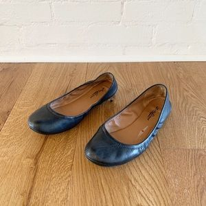 Lucky Brand black Emmie leather flats size 8.5